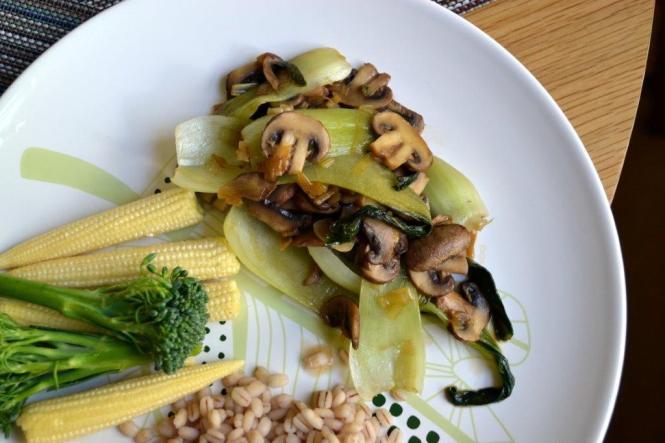Китайская капуста с грибами (1)