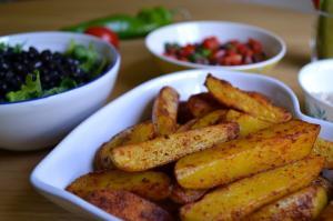 Картофель по-деревенски с тумериком (1)